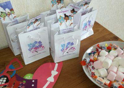 Pochettes cadeaux et bonbons C.sparty